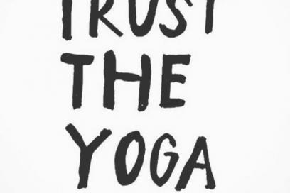 Yoga i høstmørket